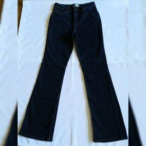Women's Signature by Levi's Boot-Cut Jeans 8 Long